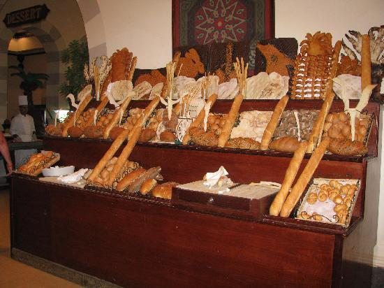 Stella Di Mare Beach Resort & Spa Makadi Bay: Bread stand