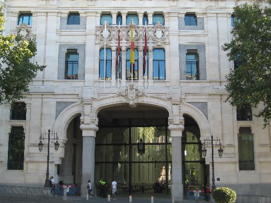 CentroCentro Cibeles: one gate
