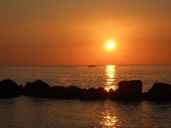 Baia del Sole Resort: Zonsondergang