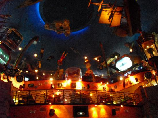 Planet Hollywood: Interior