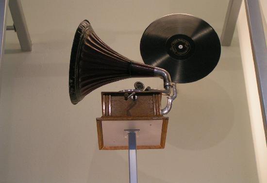 พิพิธภัณฑ์แห่งชาติสก็อตแลนด์: Gramophone