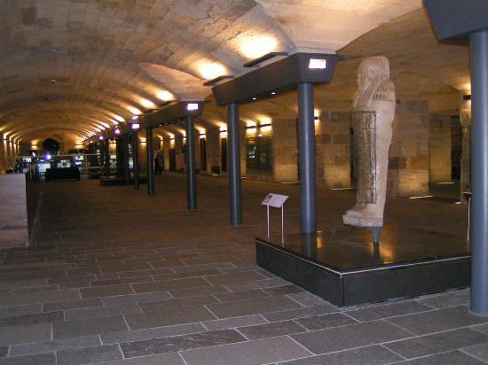 พิพิธภัณฑ์แห่งชาติสก็อตแลนด์: Ground Level Entrance