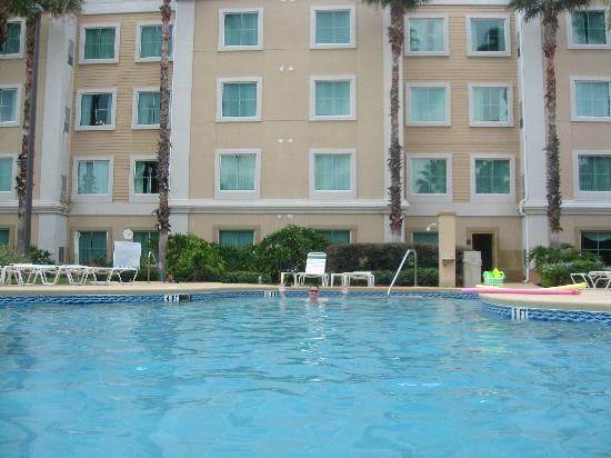 Hawthorn Suites by Wyndham Orlando Lake Buena Vista: pool area