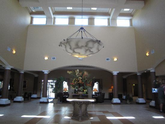 Hawthorn Suites by Wyndham Orlando Lake Buena Vista: lobby area