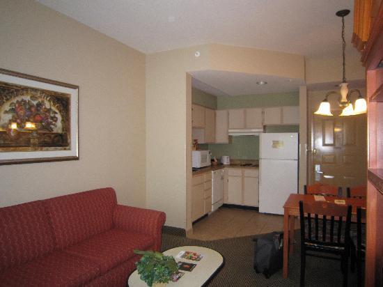Hawthorn Suites by Wyndham Orlando Lake Buena Vista: our room
