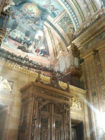 Real Basilica de San Francisco el Grande: goor inside