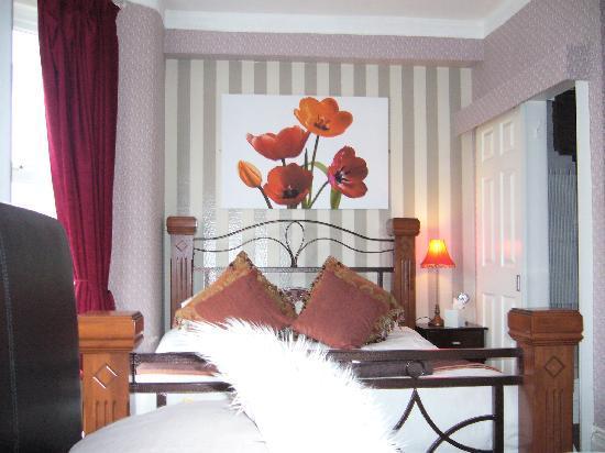 دي - لفلي: our room