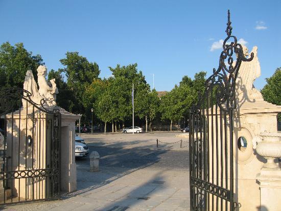 Royal Palace of Aranjuez: Puerta a los jardines
