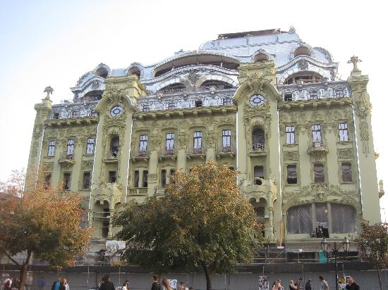 Odessa Walks: The soon to be opened 5 star hotel on Deribasovskaya