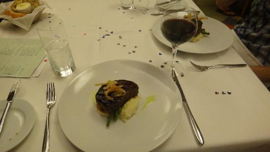 California Grill: Oak-fired beef fillet - so tasty!