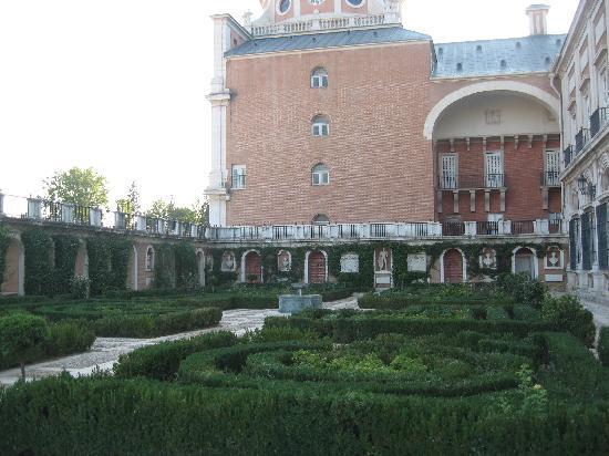 Royal Palace of Aranjuez: Costado izquierdo