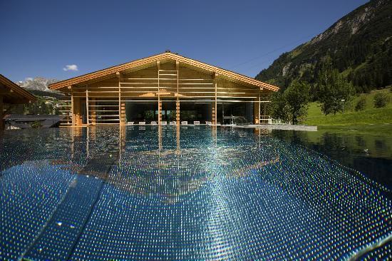 Gasthof Post: Outdoor-Pool2