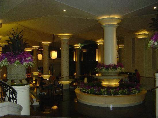 โรงแรมดุสิตธานี กรุงเทพ: dusit thani lobby/reception