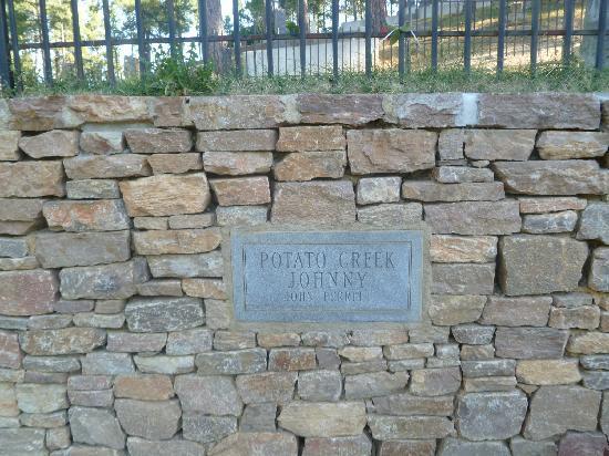 Mount Moriah Cemetery: potato creek johnny