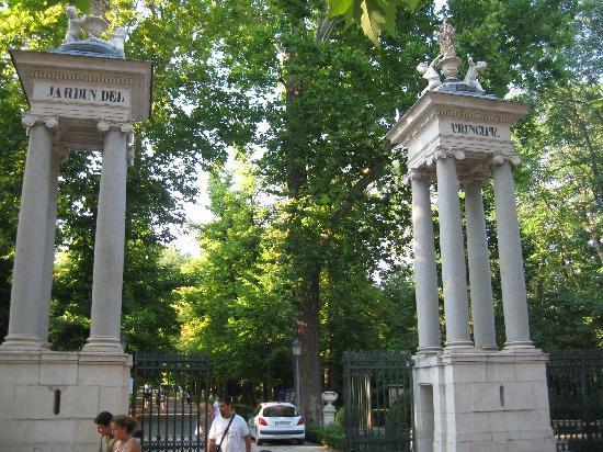 Royal Palace of Aranjuez: Puerta de los jardines