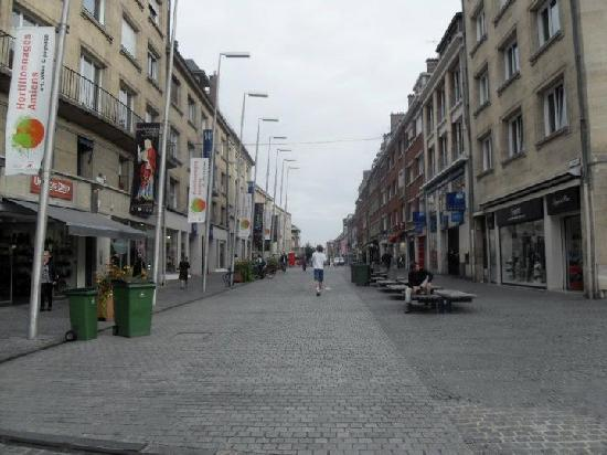 Ibis Styles Amiens Cathedrale: town centre