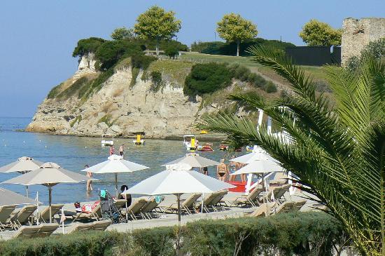 Sani Asterias: Blick vom Zimmer zum Strand
