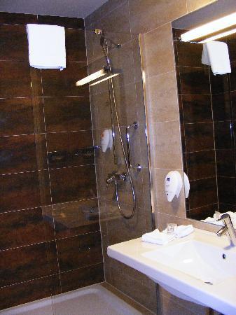 โรงแรมปาร์คอินน์ ปราก: Park Inn Prague - Stanza 340 - Bagno