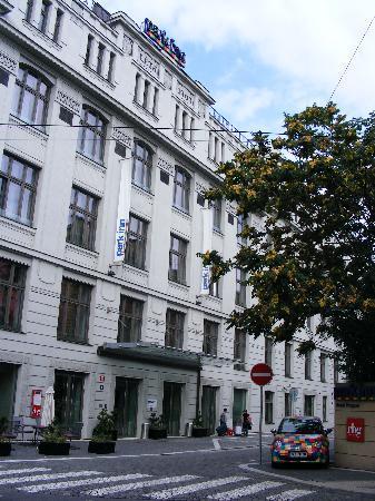 โรงแรมปาร์คอินน์ ปราก: Park Inn Prague