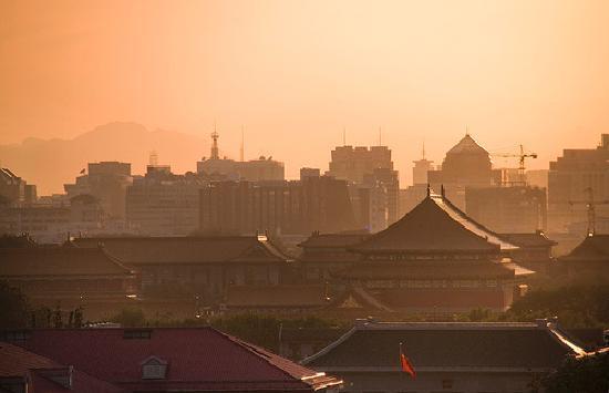 คราวน์ พลาซ่า ปักกิ่ง วังฟูจิง โฮเต็ล: View from the top floor corner room (926)