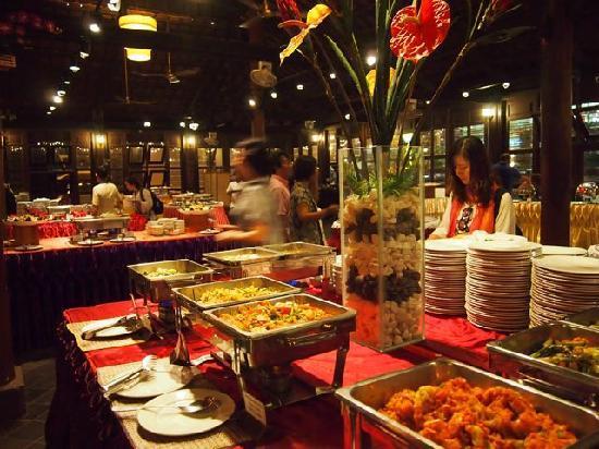 Best Restaurant Pub Street Siem Reap