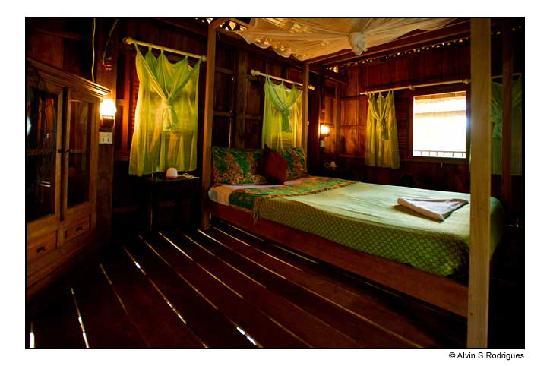 Le Bout du Monde - Khmer Lodge: Khmer villa