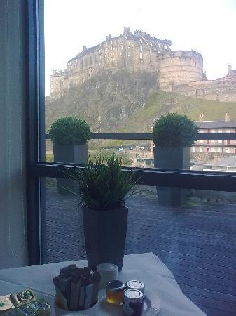 เอเพ็กซ์ อินเตอร์เนชั่นแนล: View from the breakfast table - fantastic