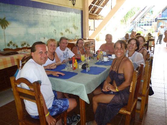 Melia Las Antillas: un diner au resto de la plage