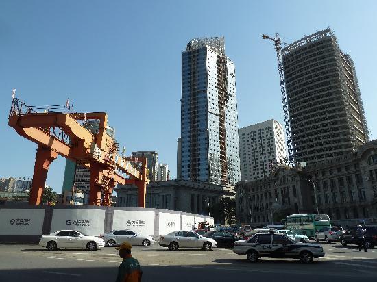 Dalian Zhongshan Square: Ubahnbaustelle