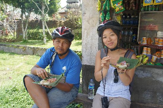 Bali On Bike: Sharing local food over a great meal
