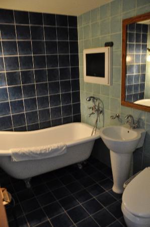 โรงแรมเมท วาก๊อก: bathroom
