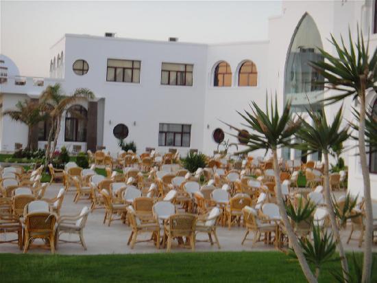 Gorgonia Beach Resort: vue partie de hôtel
