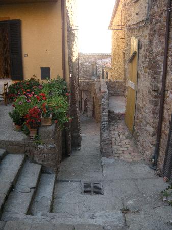 Massa Marittima, Italie : The Tatti Village(3)
