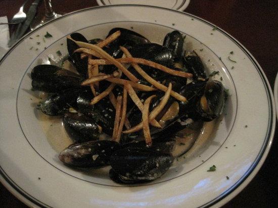 TJ Maloneys: Mussels starter