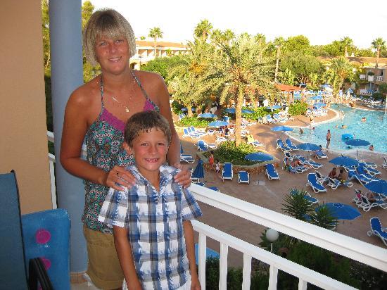 Hotel Apartamentos Princesa Playa: Our balcony