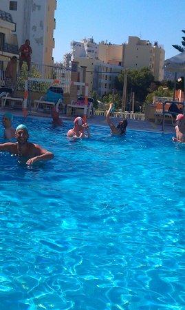AluaSun Torrenova: water polo