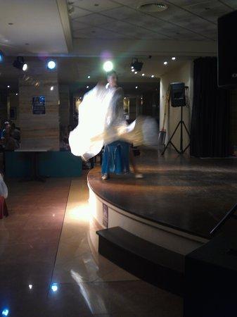 AluaSun Torrenova: flamenco night