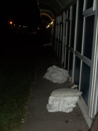 Pontins Brean Sands Holiday Park: Last occupants dirty linen