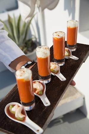 Grace Santorini Hotel: CANAPES! :TOMATO AND RED PEPPER SHOTS WITH FETA FOAM AND PRAWNS ON AVOCADO MOUSSE WITH WATERMELO