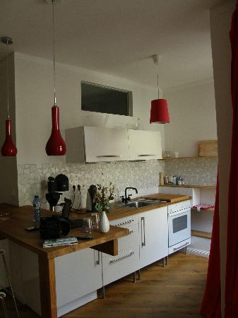 Brilliant Apartments: la cocina totalmente equipada