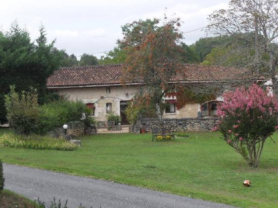 Domaine De Brantome Holiday Rentals: restaurant and reception rooms to hotel above