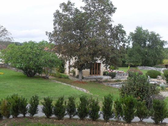 Domaine De Brantome Holiday Rentals by Helen: back of gite