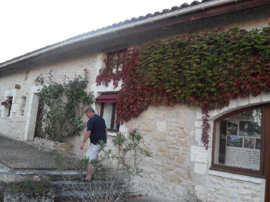 Domaine De Brantome Holiday Rentals by Helen: domaine de rosairie