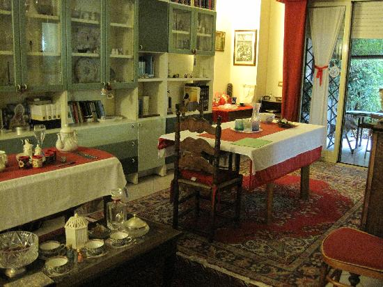 Il Pavone Bed & Breakfast: sallon view