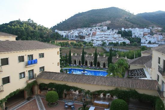 Gran Hotel Benahavís: Vista desde balcón