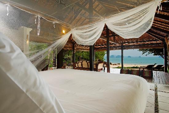 Koyao Island Resort: Beach Front Family Villa