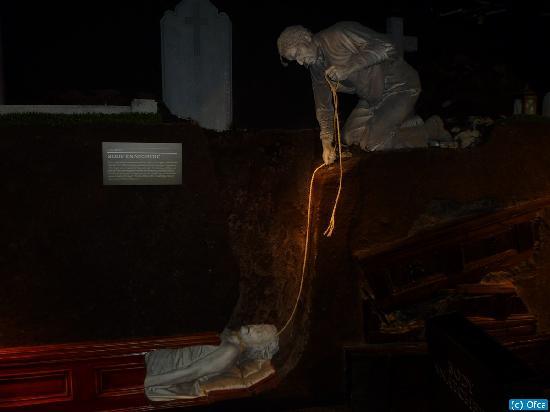 สุสานกลาสเนวิน: The Museum