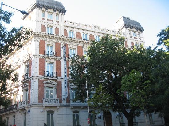 มาดริด, สเปน: tipical madrilenian house