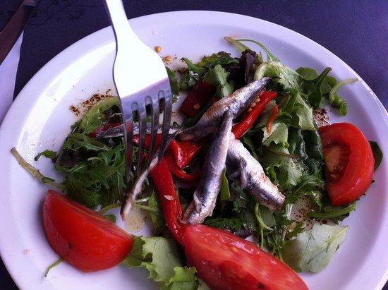 Le Bonaparte: Salade anchois poivron