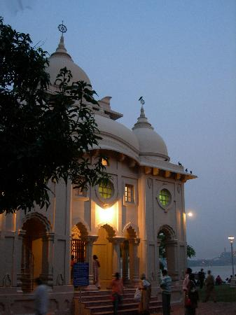 Belur math side temple with Hoogly river in the background